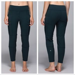 Lululemon Om & Roam Untight Tight